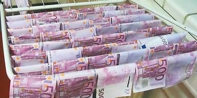 Polizei sucht 130.000-€-Opa