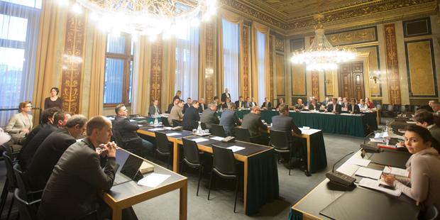 Hypo-Ausschuss startet am 8. April
