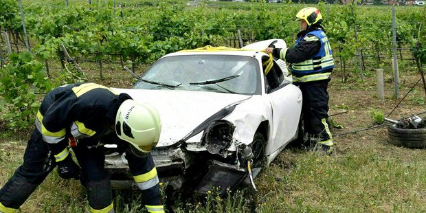 Porsche überschlug sich mehrmals
