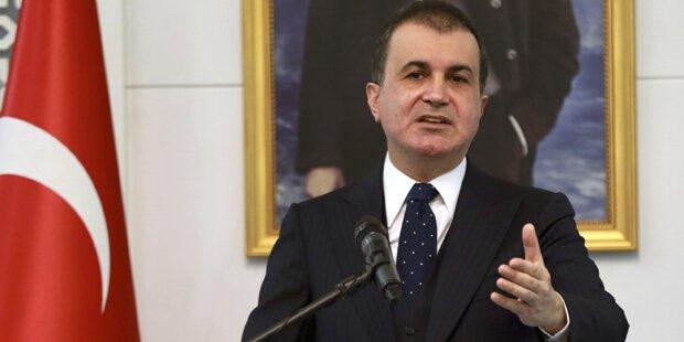 Türkischer Minister stellt Flüchtlingsdeal infrage