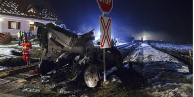 2 Ehepaare starben bei Test-Fahrt