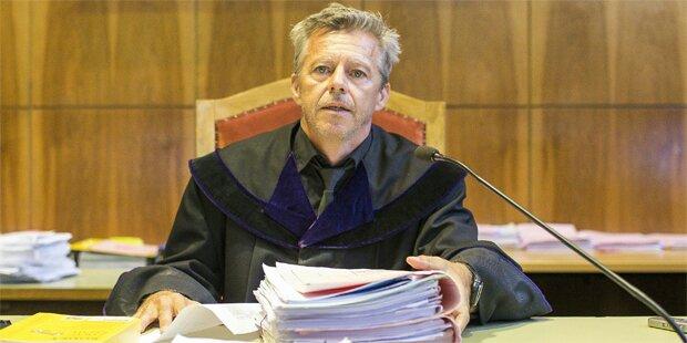Mordprozess in Graz: Eklat vor Gericht