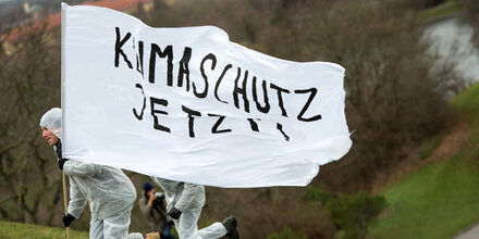 Bundeskanzler begrüßt Demonstrationen