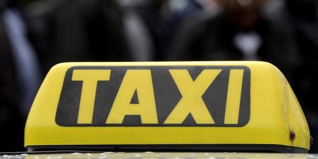 17-Jährige von Taxifahrer sexuell belästigt