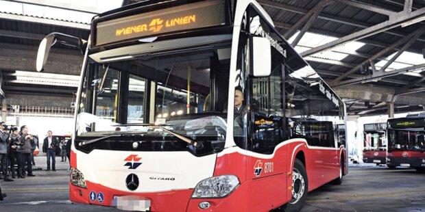 Neue Mercedes-Busse feiern heute Premiere