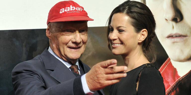 Niki Lauda feiert Hochzeitstag im Spital