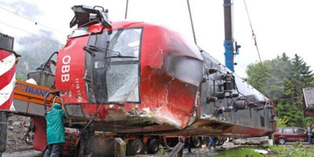 Zug-Crash wird zur ÖBB-Affäre