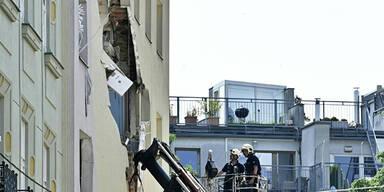 Nach Gasexplosion: Sicherungsarbeiten im Haus werden fortgesetzt