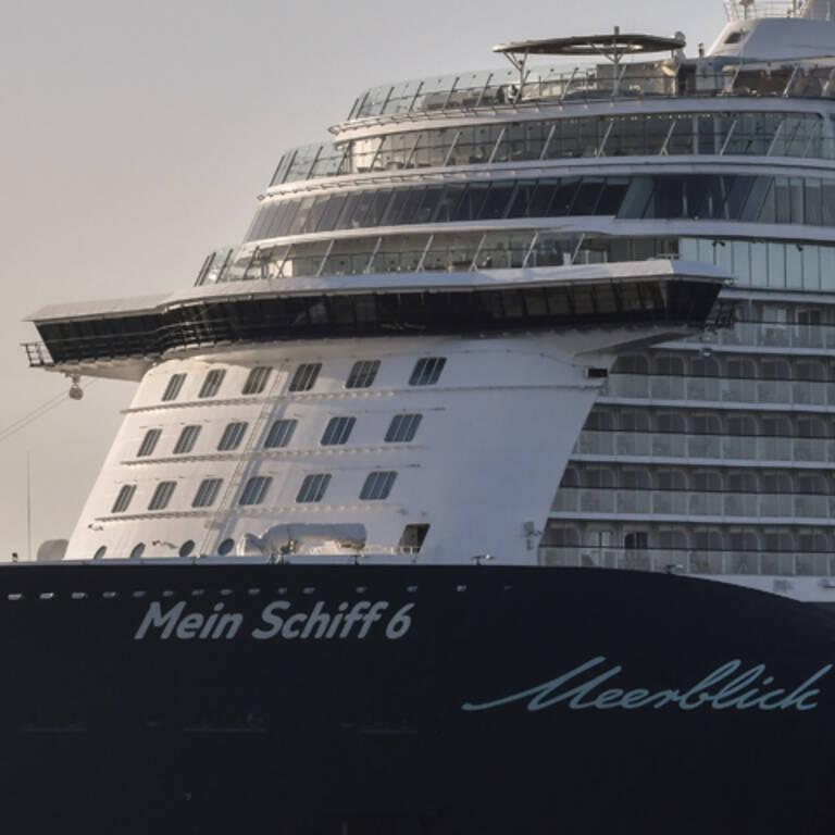Corona-Fälle auf Schiff:  922 Urlauber sitzen fest
