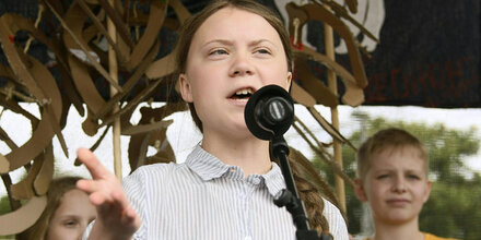 Dubiose Geschäfte mit Greta Thunberg