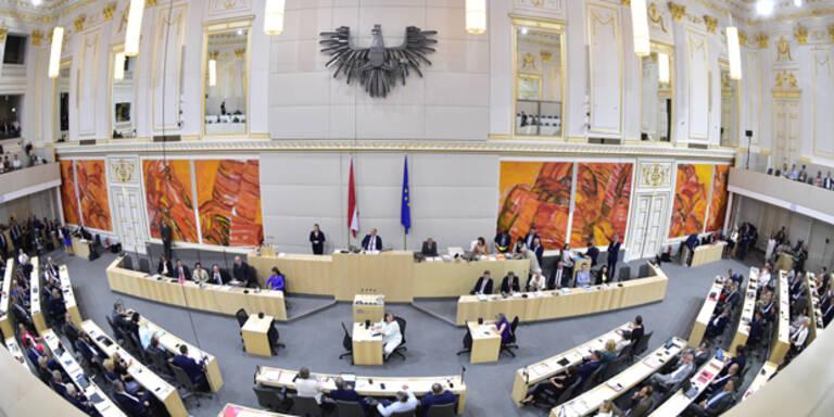 Flüchtlingsdebatte: Oppositions-Anträge fanden im Parlament keine Mehrheit
