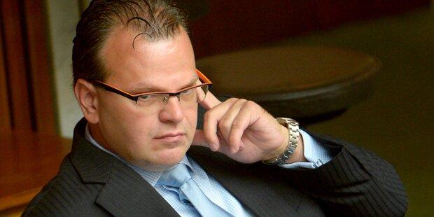FPÖ-Verhandler wettert gegen ORF