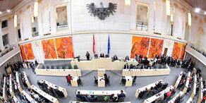 Nationalrat zog offiziell in Hofburg ein
