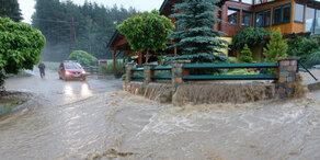 Unwetter über Österreich fordert Todesopfer