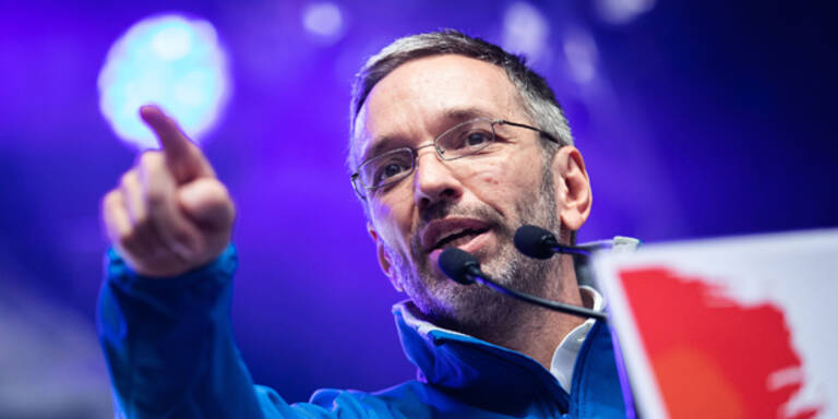 Kickl tobt: 'Kogler macht die Rolle rückwärts'