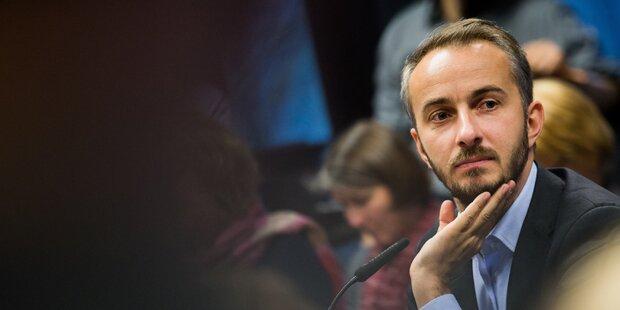 Jan Böhmermann schlägt zurück und 'klagt' ganz Österreich an