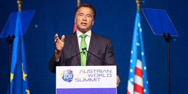 Arnie dankt Kanzler Kurz für Klima-Gipfel in Wien