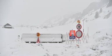 Winter Straßensperre