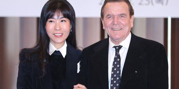 Schröder Koreanerin