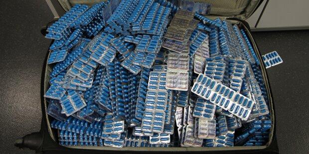 Tausende Schmuggel-Tabletten am Wiener Flughafen sichergestellt