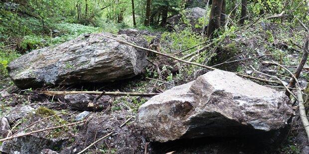 Felssturz im Tiroler Zillertal: Mehrere Wohnhäuser evakuiert
