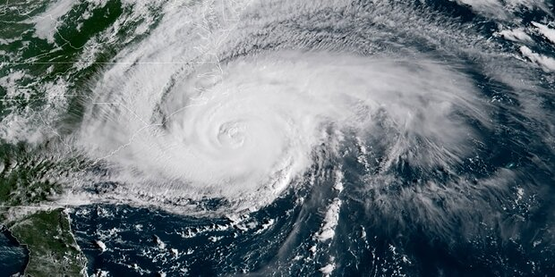 Angst steigt: Hurrikan