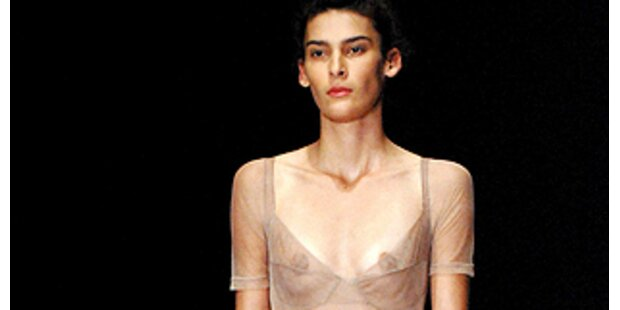 Magere Brüste durch Transparenz zum Highlight