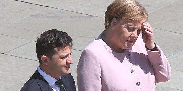 Das könnte hinter Merkels Zitteranfällen stecken