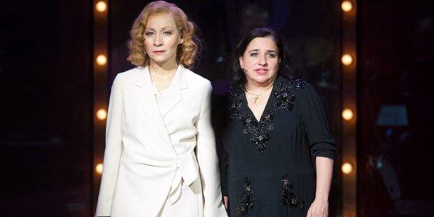 Piaf und Dietrich glänzen auf Burg-Bühne
