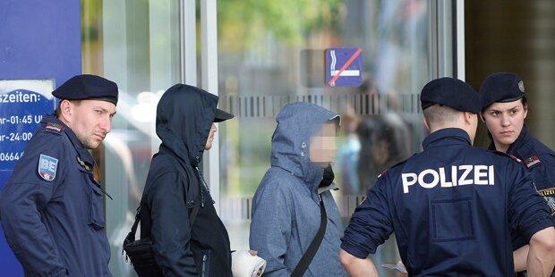 FPÖ fordert Ausgehverbot für Asylwerber