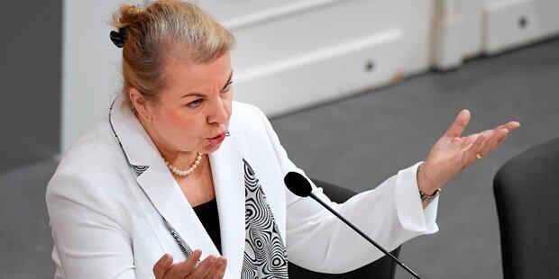 Rauchverbot: Ministerin ratlos