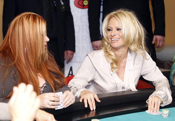 Pamela Anderson in der Lugner City