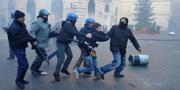 90 Verletzte bei Straßenkämpfen in Rom