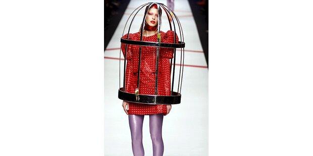 Vogelkäfig statt Kleid,Mode oder Verkleidung?