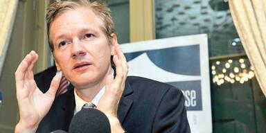 """WikiLeaks-Chef: """"Hillary soll zurücktreten"""""""