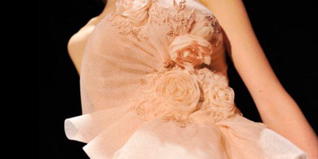 Marchesa: Glamour-Roben auf dem Catwalk