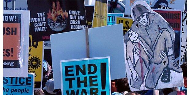 Zehntausende demonstrieren für Truppenabzug aus dem Irak