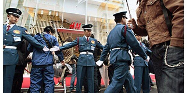 Riesenansturm auf H&M in Tokio
