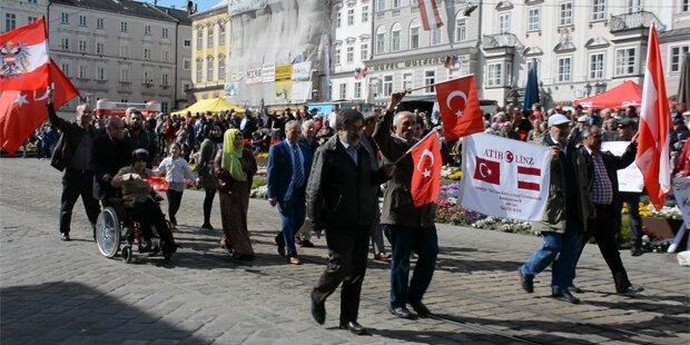 Erdogan-Verein marschierte in Linz mit SPÖ mit