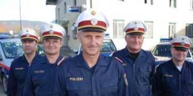 Kopie von ATV_Polizisten