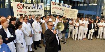 Protest: Betriebsversammlung im UKH