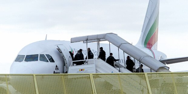 Asyl: 77% mehr abgeschoben