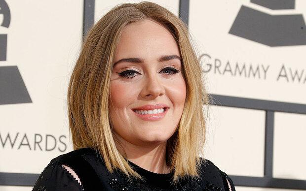 So sieht Adele ohne ihren berühmten Lidstrich aus