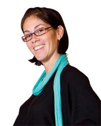 Adriana Zartl (34)