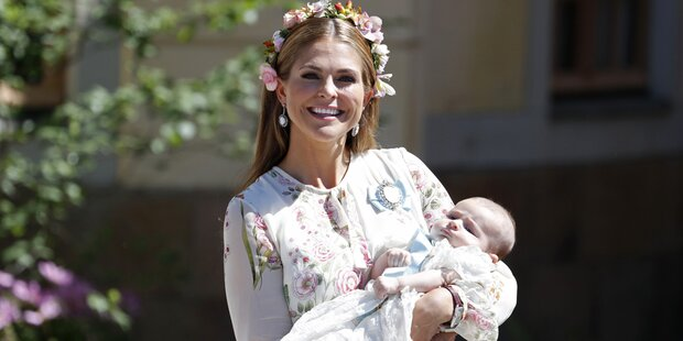 Adrienne: Süße Taufe für Schweden-Prinzessin