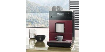 Miele Stand-Kaffeevollautomat CM5 brombeerrot gewinnen!