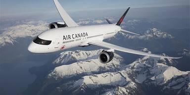Air Canada Flugzeug in der Luft