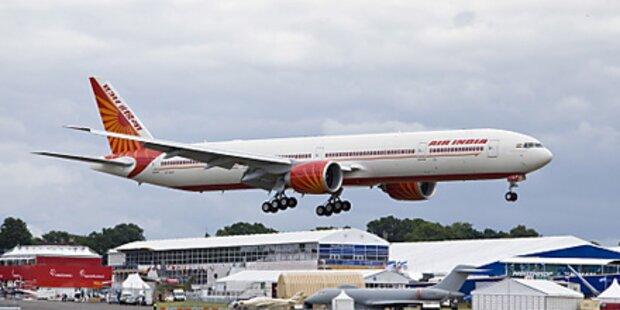 Dicke Stewardess ist wieder anzustellen