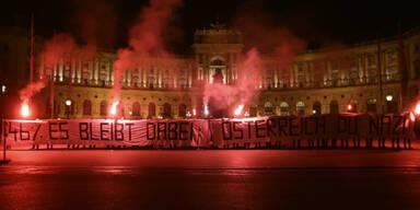 "Radikale Linke: ""Österreich du Nazi"""