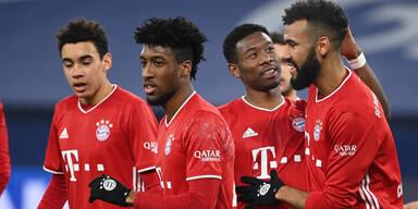 Alaba-Traumtor bei 4:0-Kantersieg der Bayern über Schalke